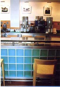 Saverbat exemple de r alisation bar en briques de verre - Brique de verre cuisine ...
